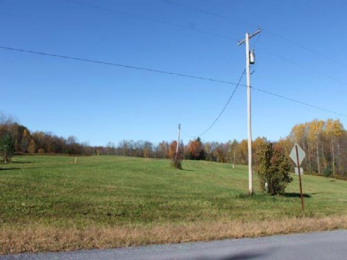 40 Acres With Well Septic Driveway : Parish : Oswego County : New York