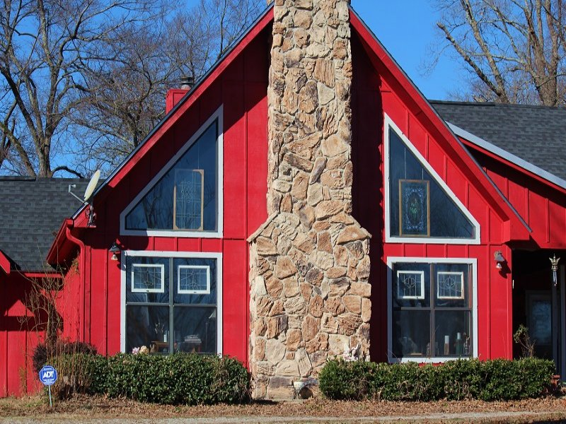 Country Beauty On 10 Acres : Powderly : Lamar County : Texas