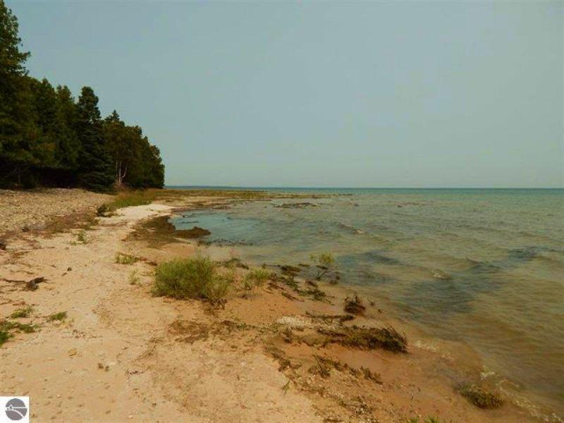 Lake Michigan 181 : Garden : Delta County : Michigan