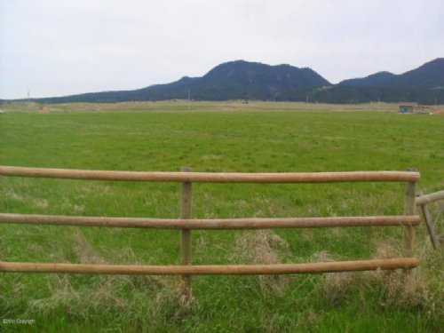 Lush Hay Acreage : Sundance : Crook County : Wyoming
