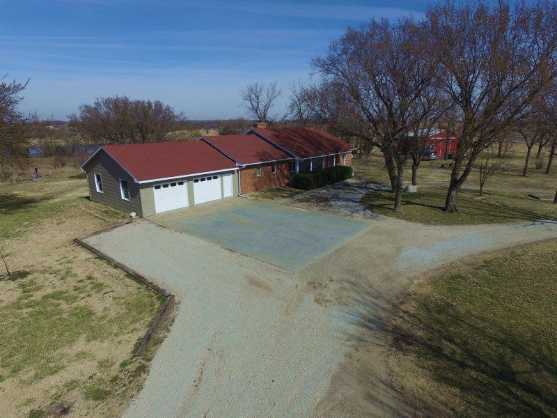 Rural Home & Retreat : Burlington : Coffey County : Kansas