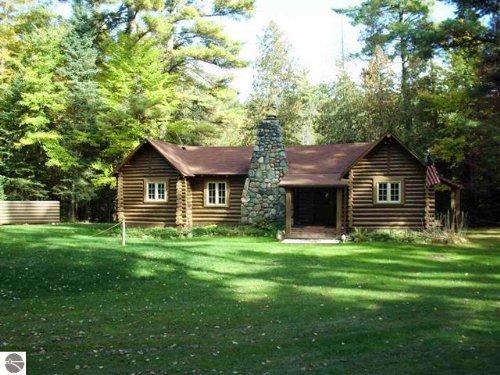 Unique Vintage Property : Luzerne : Oscoda County : Michigan