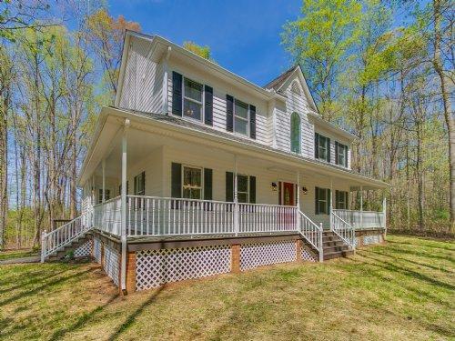 Renovated Home On 10+ Acres : Powhatan : Virginia