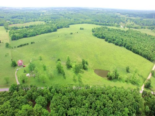 153 Acres, Hwy D : Hermitage : Hickory County : Missouri
