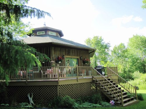 Tucked Away Off Grid Home : Cazenovia : Richland County : Wisconsin