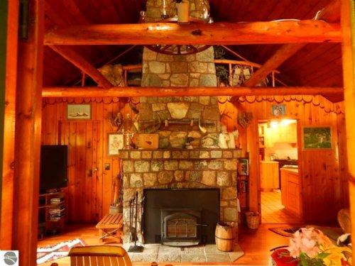 Historic 1940's Resort : Hulbert : Chippewa County : Michigan