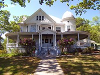 Historic Inn For Sale In Blue Ridge : Independence : Grayson County : Virginia