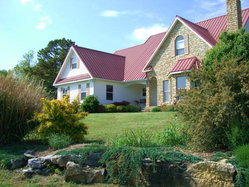 Rocky Ridge Horse Farm : Mountain View : Stone County : Arkansas
