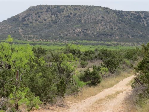 Secluded Hunting, Water Well : Robert Lee : Coke County : Texas