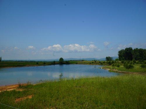 Farm Ready - With Barn : Grandview : Rhea County : Tennessee