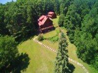 Private Estate In New Auburn
