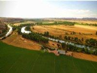 Overlook Point Ranch : Fort Laramie : Goshen County : Wyoming