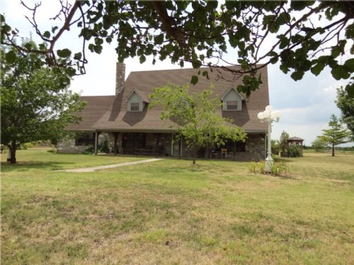Home On 26+ Acres / 13430215 : Dodd City : Fannin County : Texas