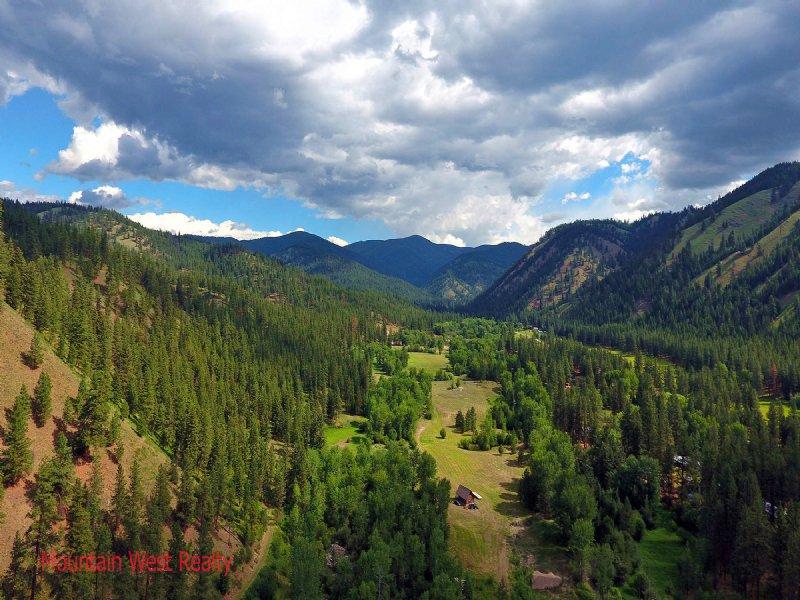 Salmon River Paradise : Gibbonsville : Lemhi County : Idaho