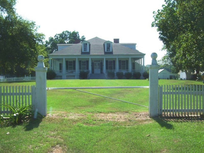 Clifton Plantation Hunting Preserve : Lexington : Holmes County : Mississippi