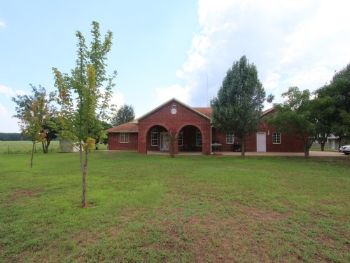 139 Acre Cattle Ranch With Home : Sumner : Lamar County : Texas