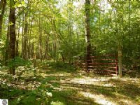 23.7 Acres Next To State Land