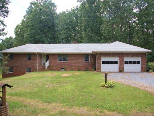 Home On 22 Acres Near Horsepen Lake : Buckingham : Virginia
