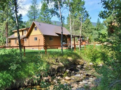 Western Montana Creekside Log Home : Hamilton : Ravalli County : Montana