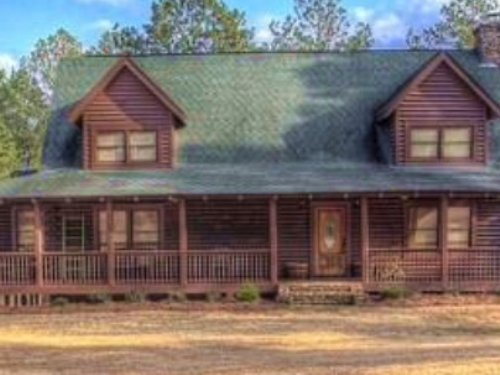 Wonderful Log Home And 100 Acres : Williamson : Spalding County : Georgia