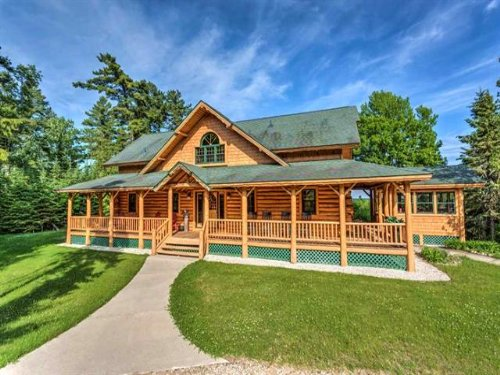 101 Carnegie Trail, Mls 36139 : Naubinway : Mackinac County : Michigan