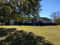 214 Acre Farm On Paved Road : Live Oak : Suwannee County : Florida