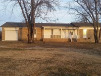 Perferct Country Home On 5 +/- Acre : Hulbert : Cherokee County : Oklahoma