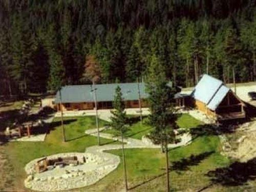 Tin Cup Lodge : Darby : Ravalli County : Montana