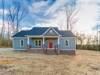 New Home On Large 21.5 Acre Lot : Goochland : Goochland County : Virginia