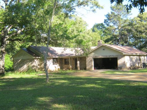 House And 32 Acres : Jayess : Walthall County : Mississippi