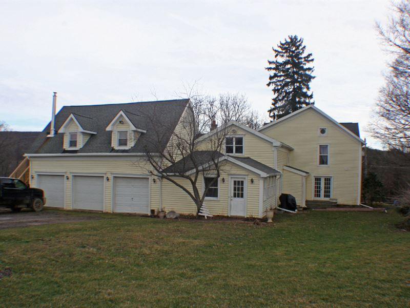 Farmhouse And Barns On 15 Acres : Farm for Sale in ...