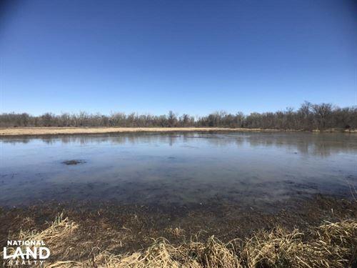 Neosho Duck Hole : Saint Paul : Neosho County : Kansas