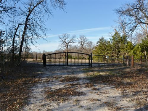 2/2 On 101+ Acres : Emory : Hopkins County : Texas