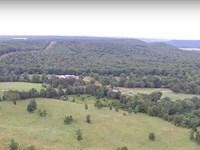Executive Home On 416 Acres +/- : Tahlequah : Cherokee County : Oklahoma