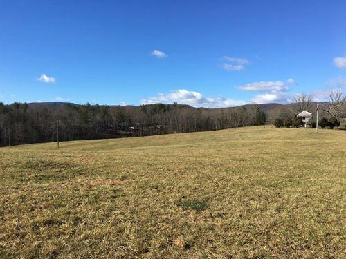 Beautiful Family Farm Callaway, Va : Boones Mill : Franklin County : Virginia