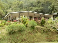 4 Cabins, Waterfalls, River, 34 Ac : Cachi : Costa Rica