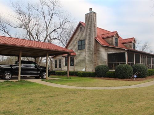Country Home On Cattle Farm & P : Byromville : Dooly County : Georgia