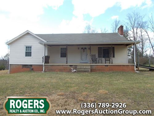 Absolute Auction, 2 Homes & Land : Mount Airy : Surry County : North Carolina