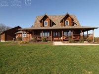 Executive Lodge W/ Premium Hunting : Viroqua : Wisconsin