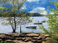 Stream-Front And Lake Access Estate : Seneca : Oconee County : South Carolina