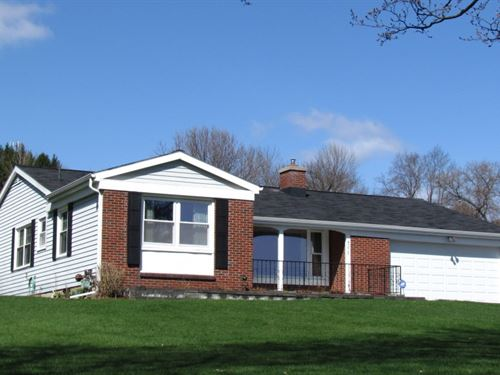 27 Acres House Barn Cortland Ny : Cortlandville : Cortland County : New York