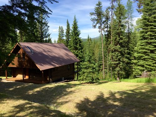 The Grizzly Den Cabin : Troy : Lincoln County : Montana