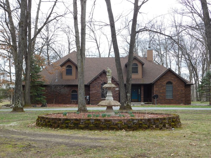 Gorgeous Home With 80 Acres : Rose City : Ogemaw County : Michigan