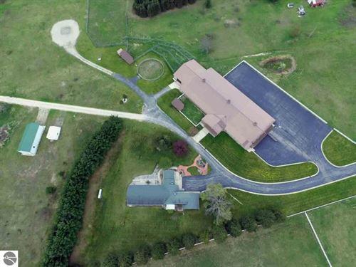 106 Acre Near Traverse City : Kingsley : Grand Traverse County : Michigan