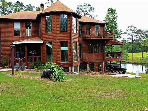 Secluded Estate : Carriere : Pearl River County : Mississippi