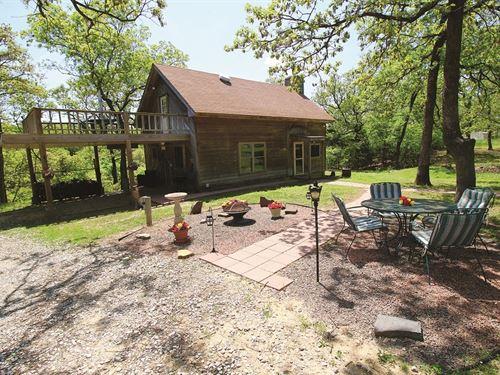 40+/- Acre Hunting Oasis & Getaway : Calvin : Hughes County : Oklahoma