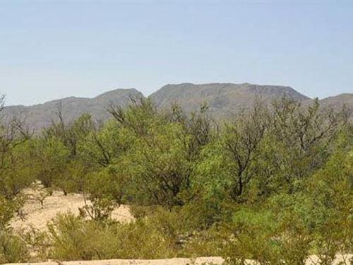 Hudspeth Co, Tx 30,500 & 6,500 Neg : Sierra Blanca : Hudspeth County : Texas