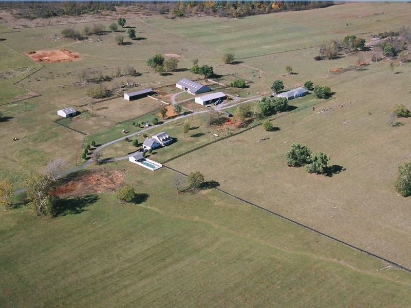 Beautiful Farm/ Views And Two Homes : Berryville : Clarke County : Virginia