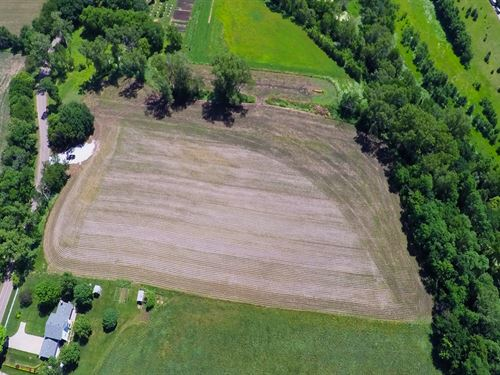 New Bennington Acreage : Omaha : Douglas County : Nebraska