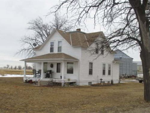 Nice Farm With Home : Minatare : Scotts Bluff County : Nebraska